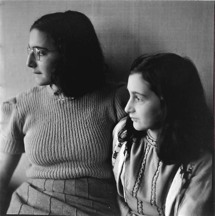 ANNE AND MARGOT FRANK 1941